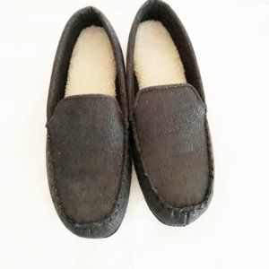 Slippers mens new size M 8-9 Drivers Moc Isotoner